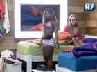 BBB13 Karine Dornelas e Ísis Gomes fazem dança sensual